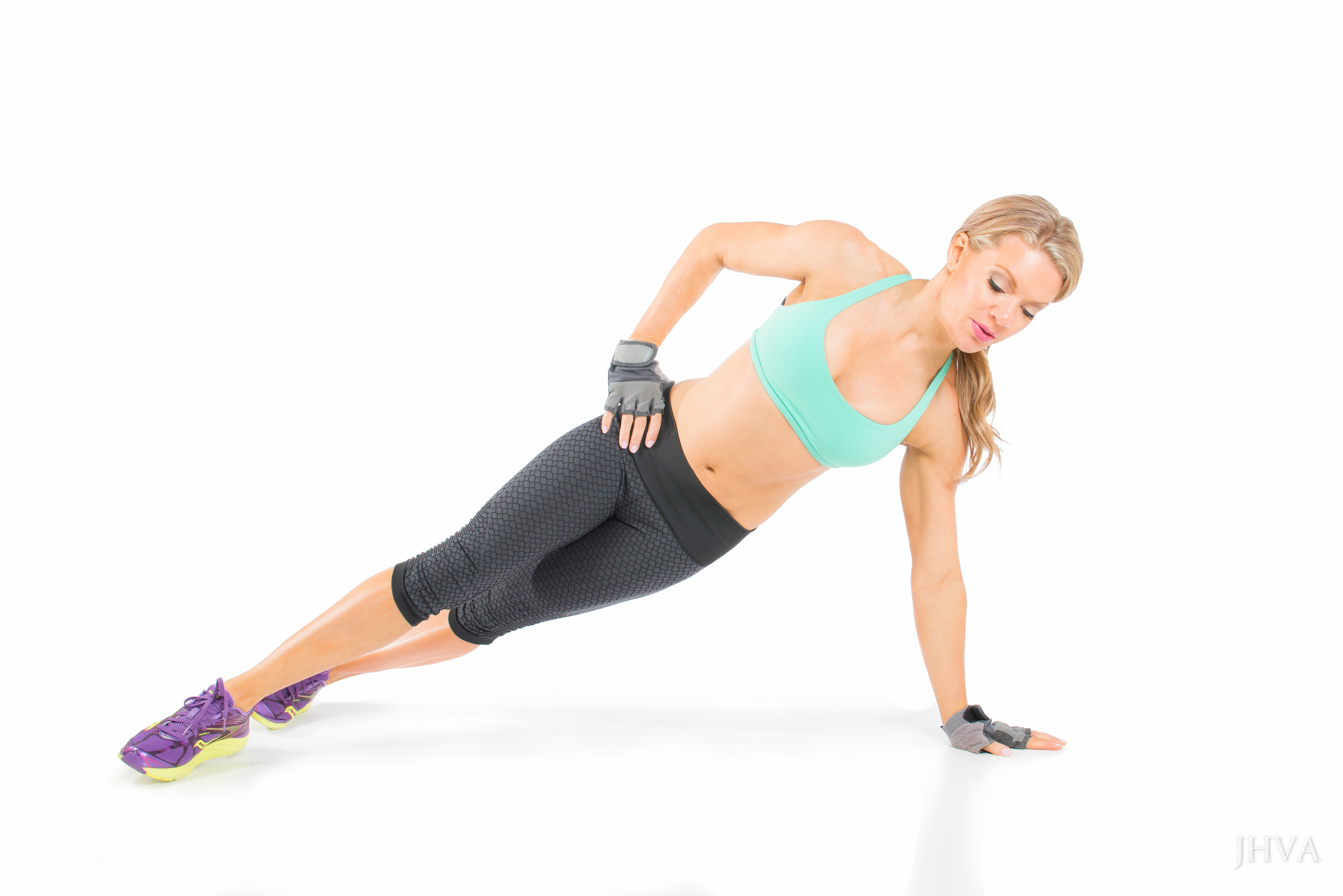 Aubrey side plank strong core